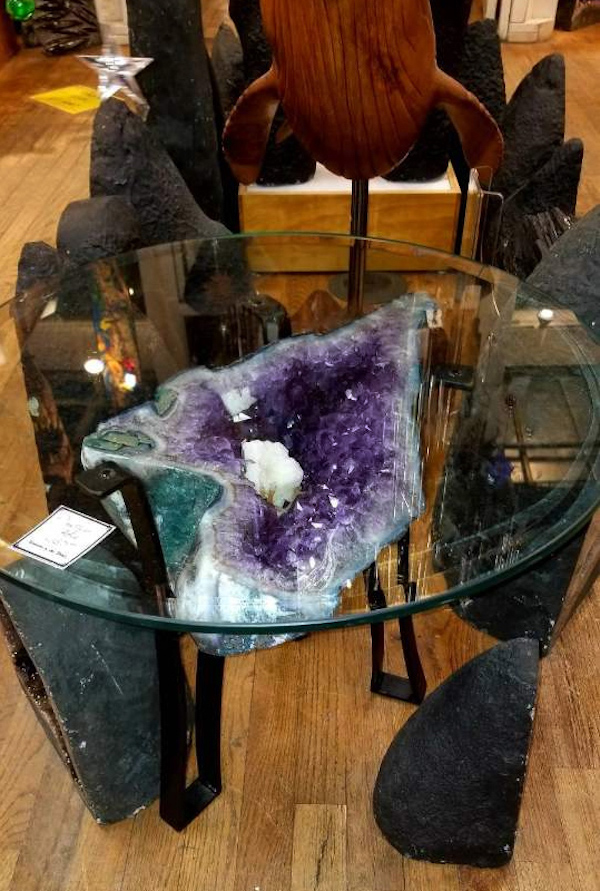 AMETHYST TABLE